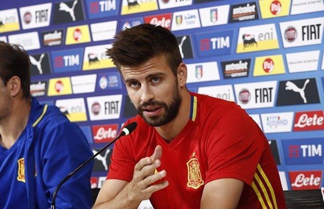Gerard Piqué en rueda de prensa antes del Italia-España