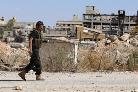 El Ejército de Siria advierte a los rebeldes y sus familias que abandonen el este de Alepo