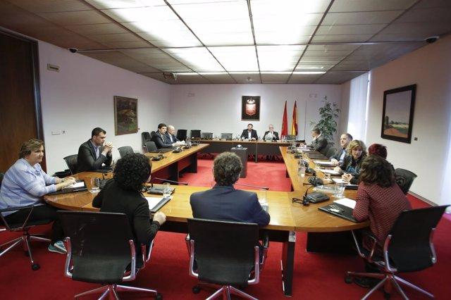 Comisión de investigación sobre Caja Navarra constituida en el Parlamento foral
