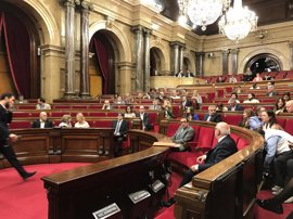 C's, PSC y PP piden al Parlamento catalán reconsiderar la tramitación de la resolución del referéndum