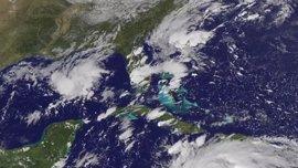 'Matthew' deja 26 muertos en el Caribe y provoca evacuación de millones de estadounidenses