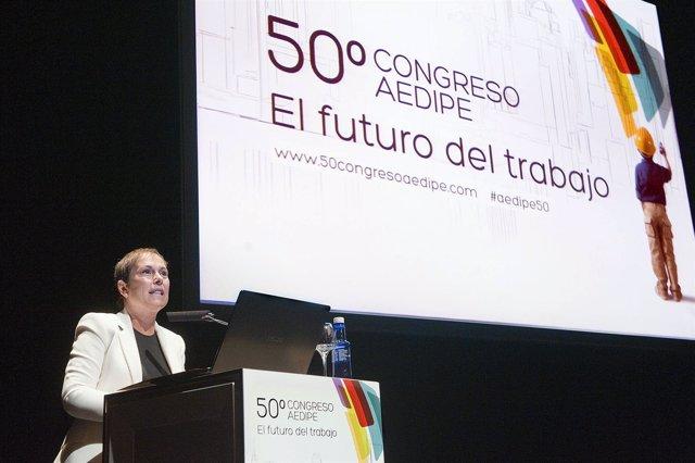 Uxue Barkos inaugura el congreso AEDIPE.
