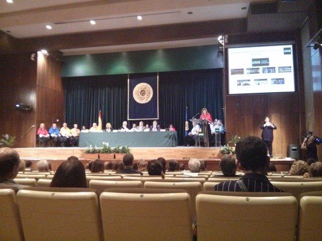 Méndez de Vigo inaugura el curso de la UNED