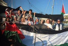 La Embajada comprueba que Sandra Barrilaro está bien tras el asalto a la Flotilla