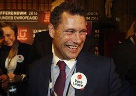 """El eurodiputado del UKIP Steven Woolfe, herido grave tras un """"altercado"""" con compañeros"""