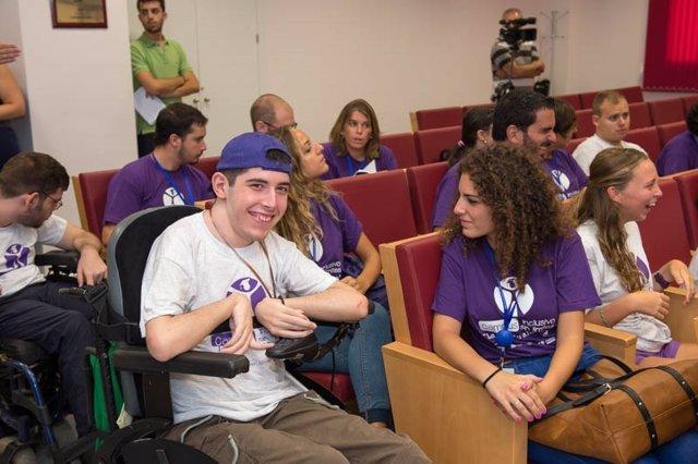 Alumnos de  'Campus Inclusivos, Campus sin Límites'