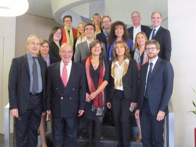 Unas delegación del Icab visista despachos de abogados de Lyon