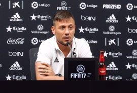 """Diego Alves: """"Nadie me ha dicho que tenía que irme"""""""