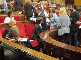 """El PP insiste en pedir """"diálogo"""" a Puigdemont y recuerda que las leyes deben cumplirse"""