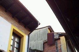 """El Ayuntamiento desaloja y declara de """"ruina inminente"""" los edificios afectados por un desprendimiento"""