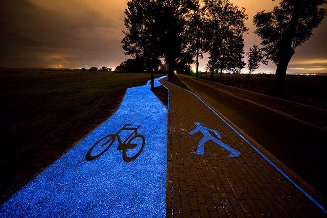 Vía luminosa para ciclistas