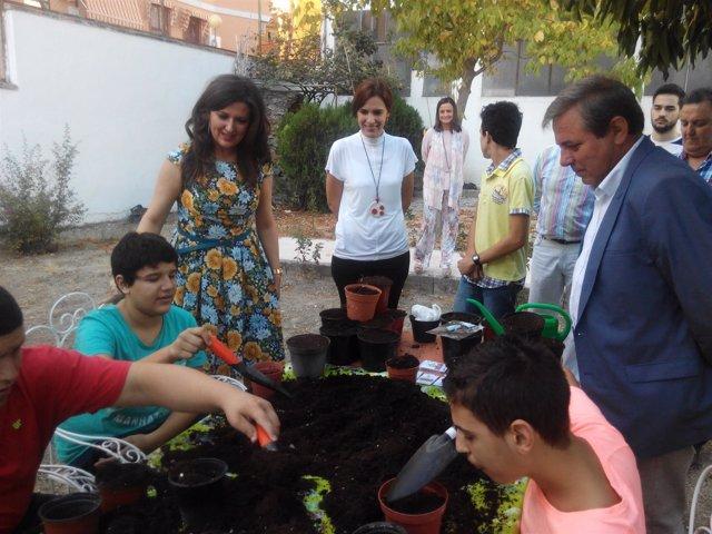 Caballero y Ortega en la entrega del IV Galardón 'Crece con tu árbol'.