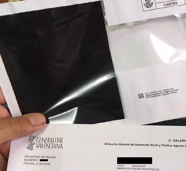Carta y sobre remitidos por el Consell