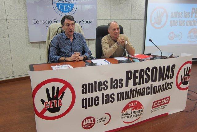 Hernández y Temprano en el acto del Trabajo Decente