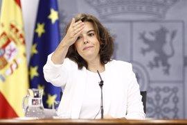 """Santamaría ve un """"paso positivo"""" la vía de diálogo con el PSOE porque el """"objetivo clave"""" es que haya Gobierno"""