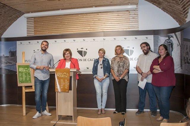 Presentación del proyecto 'Provincia Inquieta' en Cáceres