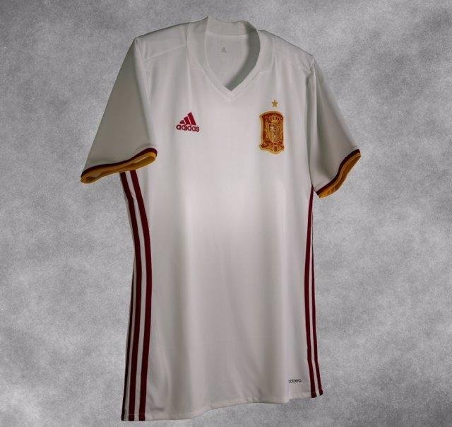 Nueva camiseta blanca de la selección española