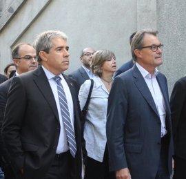 "Homs acusa a Sáenz de Santamaría de lanzar amenazas a Cataluña propias de ""ministros franquistas"""