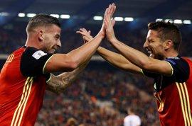 La Bélgica de Roberto Martínez golea a Bosnia y se afianza la primera posición