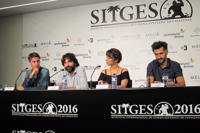 O.López (Fest.Sitges), Mateo Gil (dtor), O.Chaplin (actriz) e I.Cormenzana (prd)