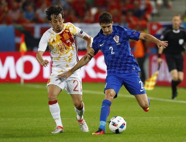 David Silva y Vrsaljko en el España - Croacia de la Eurocopa