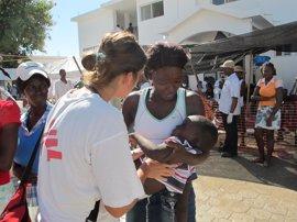 El cólera se ha cobrado ya trece vidas desde el paso del huracán 'Matthew' por Haití