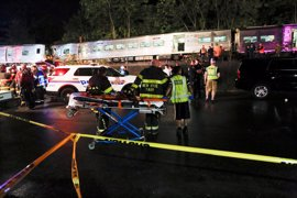 Al menos 29 heridos al descarrillar un tren en Nueva York