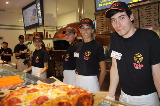 Yolo Pizza inicia la campaña 'Pizza solidaria'