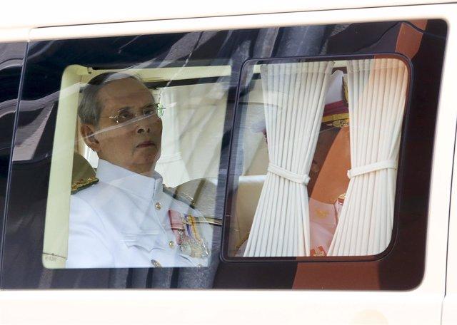 Bhumibol Adulyadej, rey de Tailandia