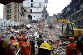 Al menos ocho muertos tras derrumbarse cuatro viviendas en la costa oriental de China
