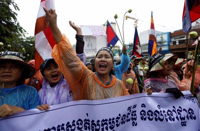 Manifestación por la tierra en Camboya