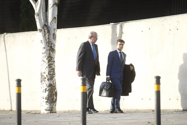 Rafael Spottorno a su llega al juicio por las tarjetas black