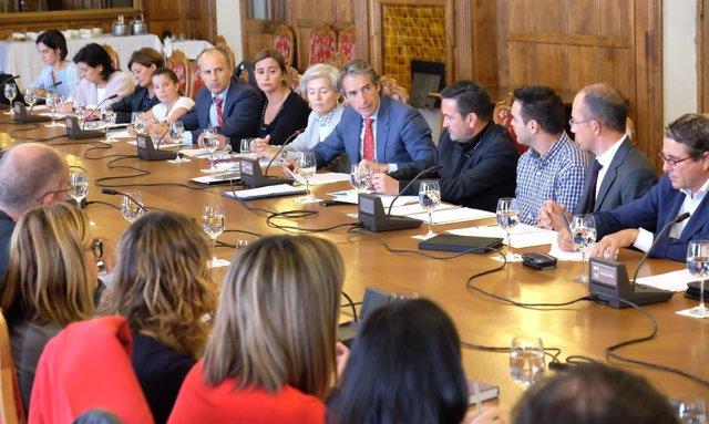 Reunión de miembros del Pacto Territorial por el Empleo