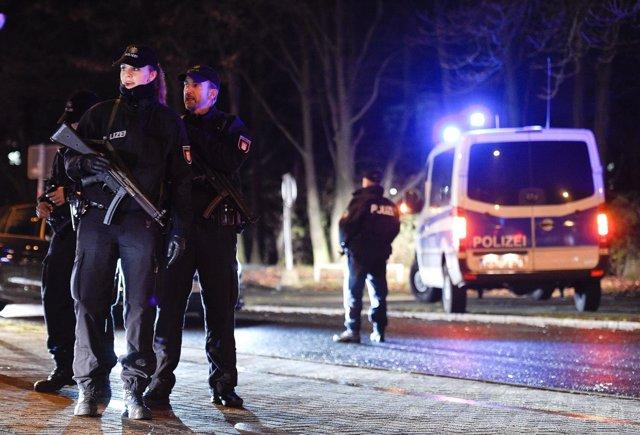 Policías alemanes