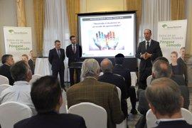 Unicaja celebra en Málaga y Marbella sesiones de su ciclo de encuentros de banca privada