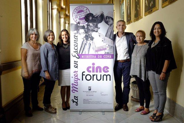 Presentación del cine forum de la mujer.
