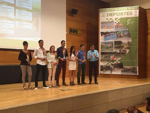 Entrega de trofesor del Gran Premio de Carreras Populares de Jaén