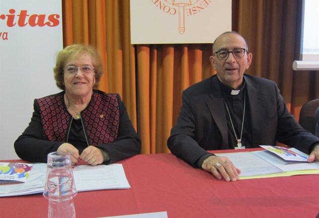 La pta.De Cáritas Catalunya C.Borbonés y el arzobispo J.J.Omella