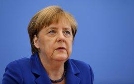 Merkel pide a la Unión Africana que se implique en la resolución del conflicto en Libia
