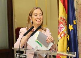 Ana Pastor subraya que las consultas del Rey determinarán si hay  investidura o elecciones