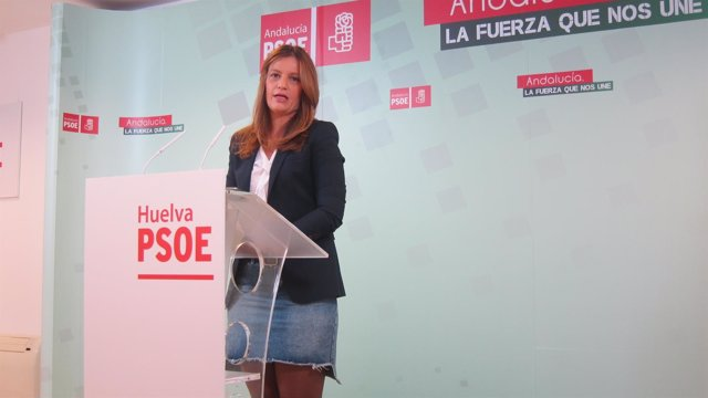 La parlamentaria andaluza por el PSOE de Huelva Modesta Romero.