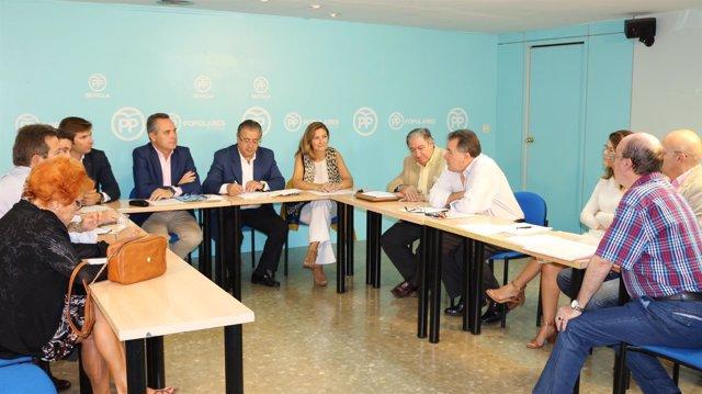 Reunión de los populares sobre el Metro de Sevilla