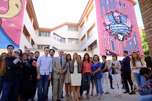 El Ayuntamiento De Málaga Informa: Graffitis Colegio Ciudad De Mobile