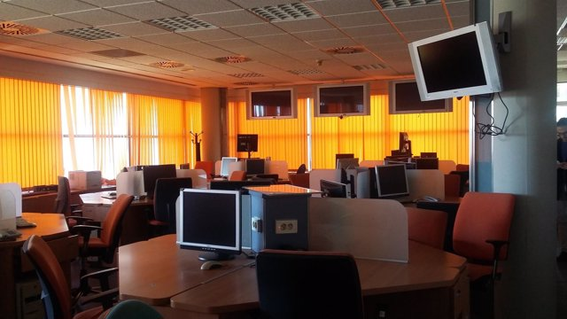 Imagen de la redacción de Canal 9 vacía tras el cierre de RTVV