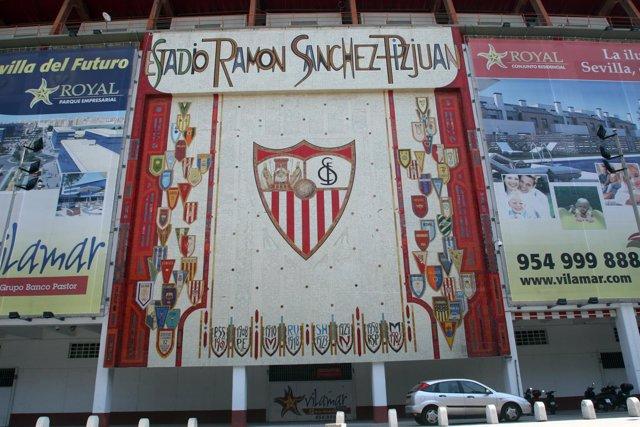 Estadio Ramón Sanchez Pizjuan ( Sevilla F C )