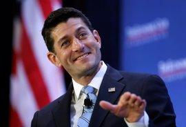 """Trump intensifica sus críticas contra Ryan y los congresistas """"desleales"""""""