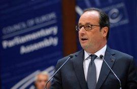 "Hollande reclama un diálogo ""firme"" con Rusia sobre la guerra de Siria"