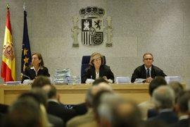 Sánchez Barcoj se querellará contra el consejero que se negó a utilizar su 'black'