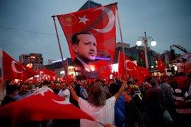 El Parlamento turco aprueba la prórroga del estado de emergencia