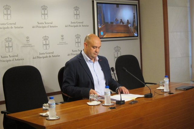 El Diputado Y Portavoz De Foro En Temas De Justicia, Pedro Leal